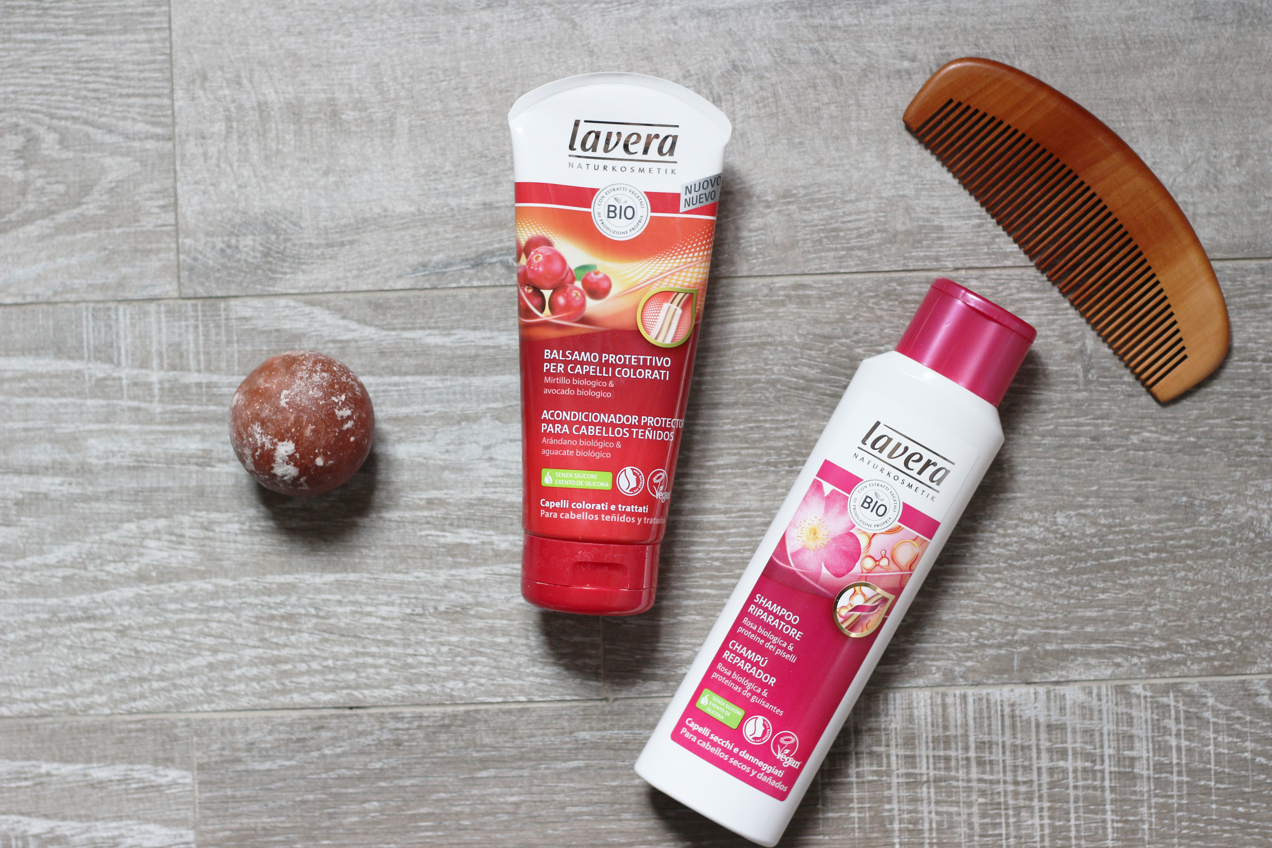 shampoo e balsamo lavera vegan